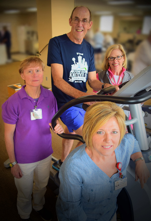 Cardiac support staff pictured with Tom.